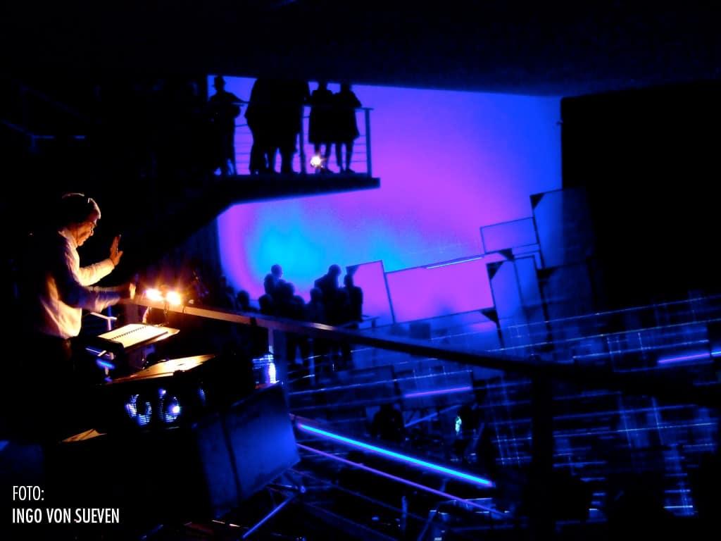 Himmelsmechanik - Foto: Ingo von Sueven